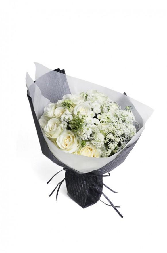 A10KPFF08甜筒系列-白紡蕾絲花束2800-2