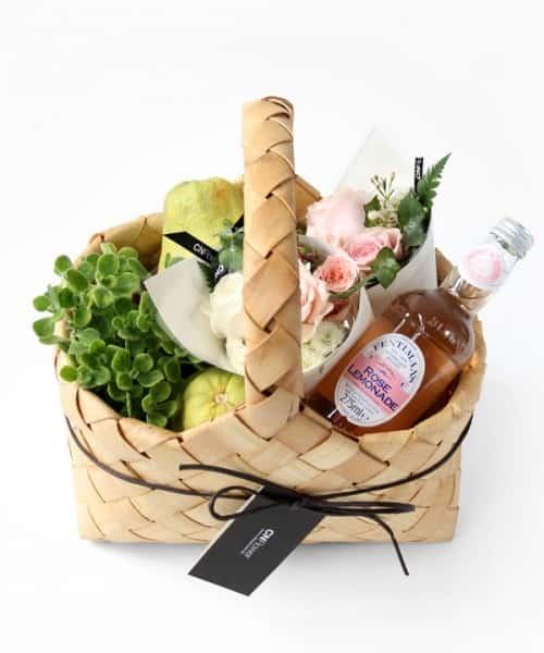 CN Flower西恩 中秋限定 柚香派對野餐禮物籃 售價NTD1,800元