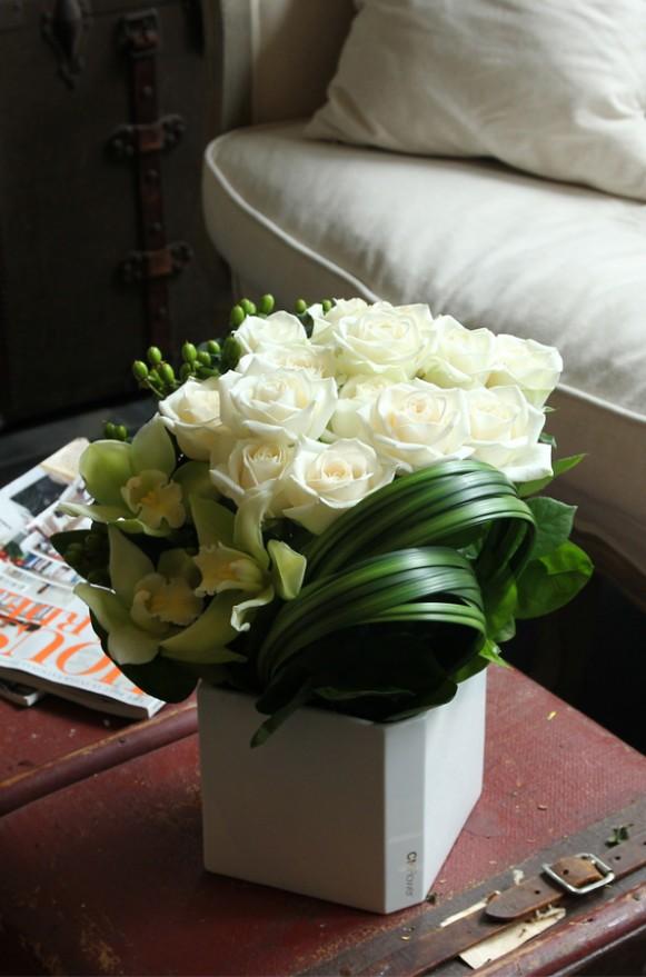 A01POWG01CN經典白玫方陶盆花2500-1