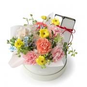 A10MD1916【CNFlower x 珠寶盒法式點心坊 】甜蜜生活- 康乃馨款 蛋糕花禮 2880-1