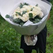 A09PPFF05純白玫瑰花束12000(1)