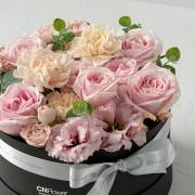 A0100190798_輕甜玫瑰 中黑圓禮盒_2800 (3)