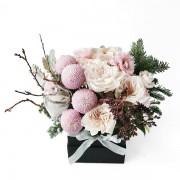 A03XM1701粉彩霜花-小黑方鮮花禮盒3200